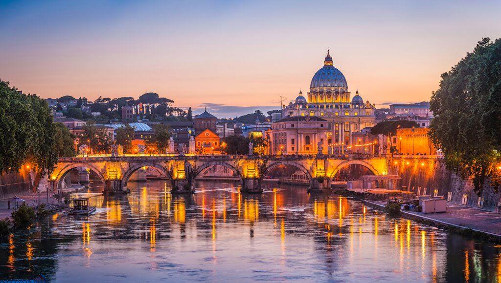 italian-city-waterside