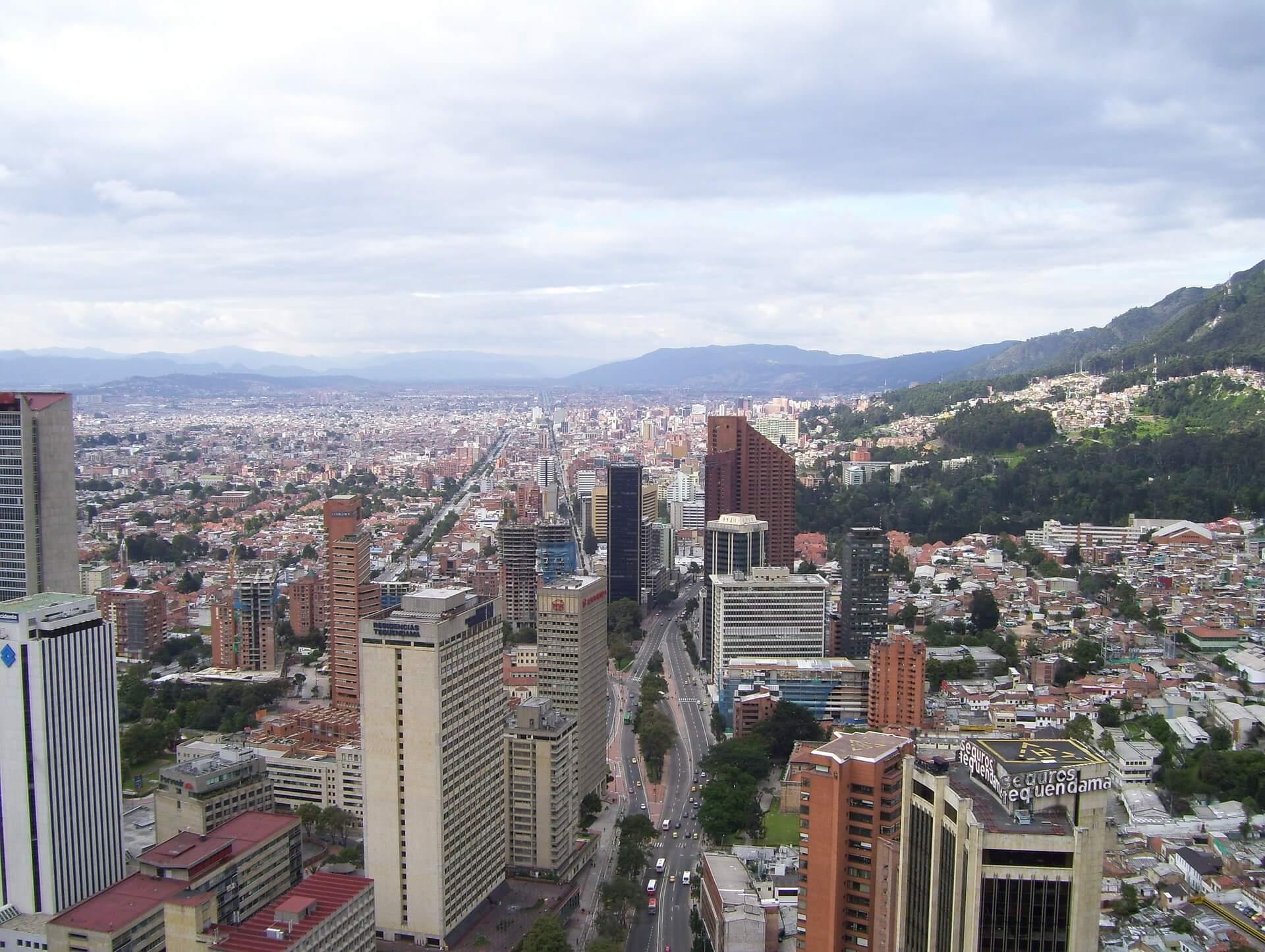Colombia anuncia el nuevo modelo de validación previa y el protocolo UBL 2.1 para su mandato de facturación electrónica
