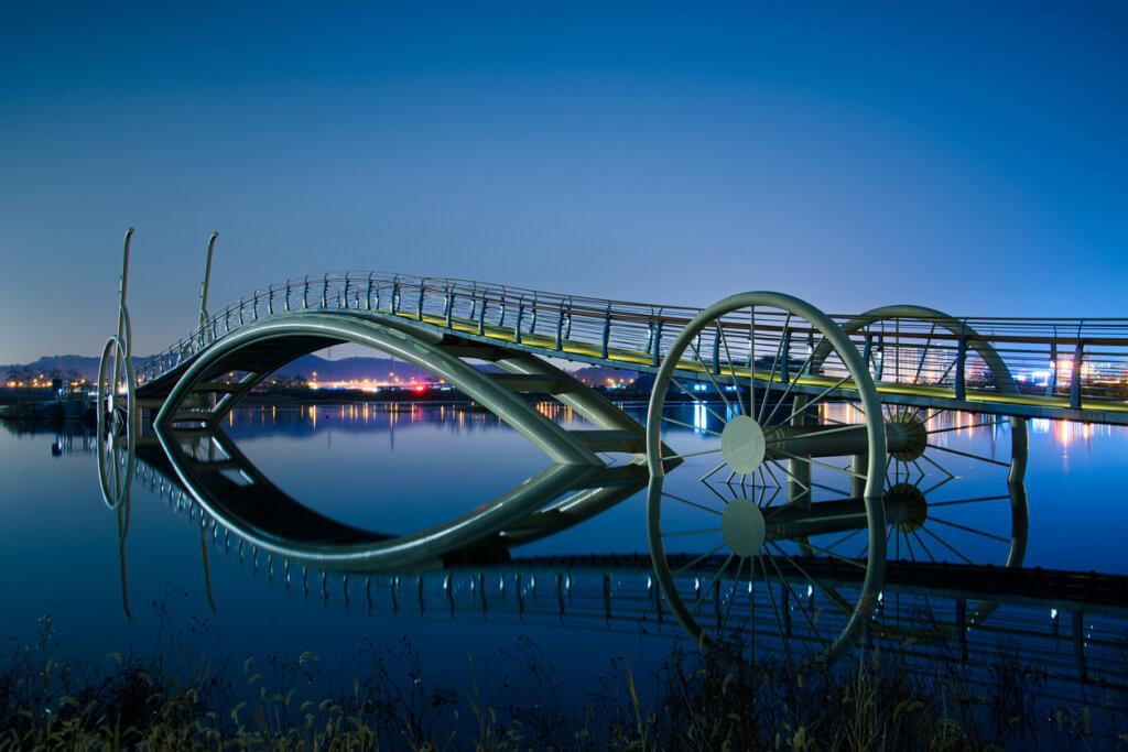 Night view of bicycle bridge in Siheung, Gyeonggi province KVD702
