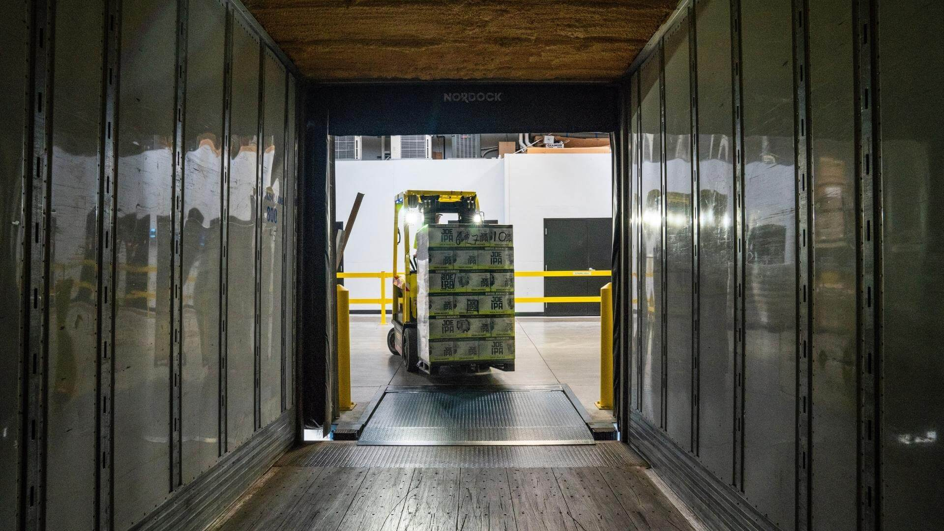 Shipment Logistics and E-Invoicing Compliance in LatAm (1)